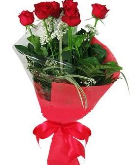 5 adet kırmızı gülden buket  Ağrı kaliteli taze ve ucuz çiçekler