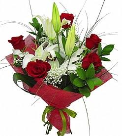 1 dal kazablanka 5 kırmızı gül buketi  Ağrı kaliteli taze ve ucuz çiçekler