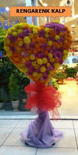 Ankara mevsim çiçeklerinden kalp perförje  Ağrı çiçekçi telefonları