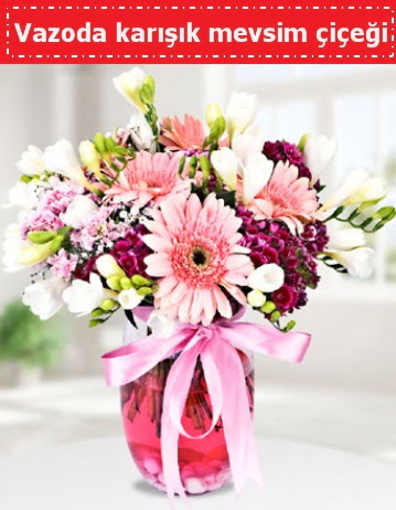 Vazoda karışık mevsim çiçeği  Ağrı çiçek , çiçekçi , çiçekçilik