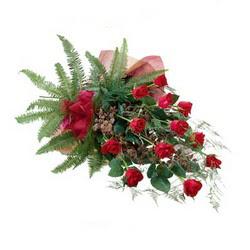 Ağrı online çiçek gönderme sipariş  10 adet kirmizi gül özel buket çiçek siparisi