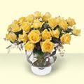 Ağrı çiçekçi telefonları  11 adet sari gül cam yada mika vazo içinde