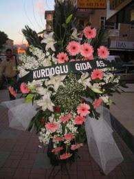 kazablanka,gerbera,sebboy ferforje  Ağrı çiçekçi mağazası