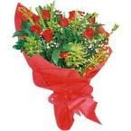 10 adet kirmizi gül buketi  Ağrı çiçek yolla