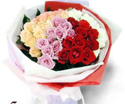 SEVENLERE ÖZEL 51 ADET GÜL  Ağrı internetten çiçek satışı