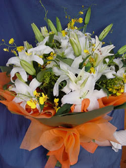 Ağrı internetten çiçek satışı  5 ADET KAZABLANKA BUKETI KALITEDEN SASMAYANLARA