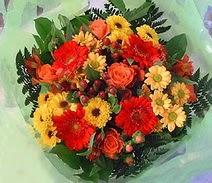 Ağrı ucuz çiçek gönder  sade hos orta boy karisik demet çiçek