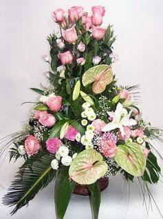 Ağrı ucuz çiçek gönder  özel üstü süper aranjman