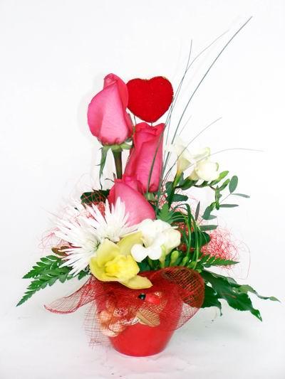 Ağrı ucuz çiçek gönder  cam içerisinde 3 adet gül ve kir çiçekleri