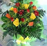 13 adet karisik gül buketi demeti   Ağrı uluslararası çiçek gönderme