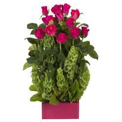 12 adet kirmizi gül aranjmani  Ağrı çiçek mağazası , çiçekçi adresleri