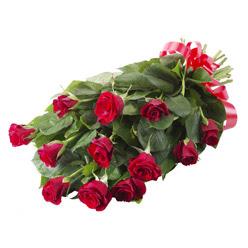 11 adet kirmizi gül buketi  Ağrı yurtiçi ve yurtdışı çiçek siparişi