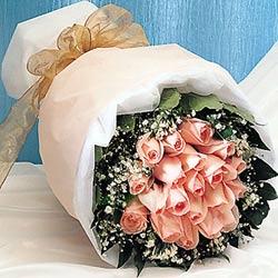12 adet sonya gül buketi anneler günü için olabilir   Ağrı İnternetten çiçek siparişi