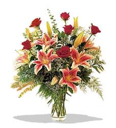 Ağrı çiçek servisi , çiçekçi adresleri  Pembe Lilyum ve Gül