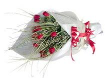 Ağrı çiçek siparişi vermek  11 adet kirmizi gül buketi