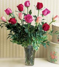 Ağrı çiçek mağazası , çiçekçi adresleri  12 adet karisik renkte gül cam yada mika vazoda