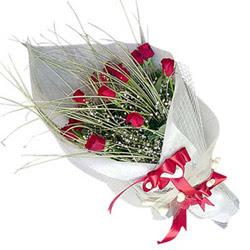 Ağrı yurtiçi ve yurtdışı çiçek siparişi  11 adet kirmizi gül buket- Her gönderim için ideal