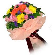 Ağrı çiçekçi mağazası  Karisik mevsim çiçeklerinden demet