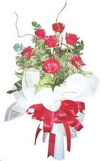 Ağrı çiçek siparişi sitesi  7 adet kirmizi gül buketi