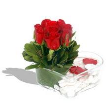 Mika kalp içerisinde 9 adet kirmizi gül  Ağrı çiçek servisi , çiçekçi adresleri