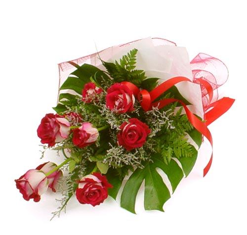 çiçek gönder 7 adet kirmizi gül buketi  Ağrı kaliteli taze ve ucuz çiçekler