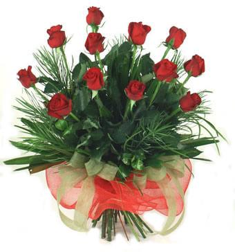 Çiçek yolla 12 adet kirmizi gül buketi  Ağrı güvenli kaliteli hızlı çiçek