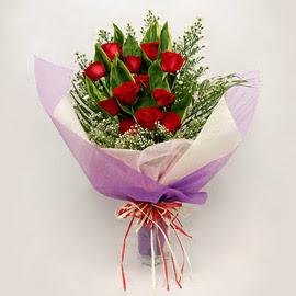 çiçekçi dükkanindan 11 adet gül buket  Ağrı çiçekçi mağazası