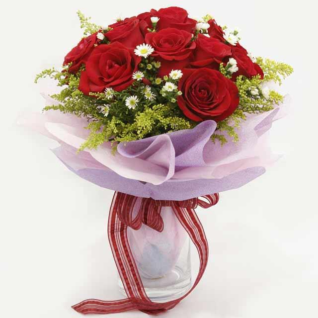 Çiçek gönderme estetikliginiz 11 gül buket  Ağrı çiçekçi mağazası