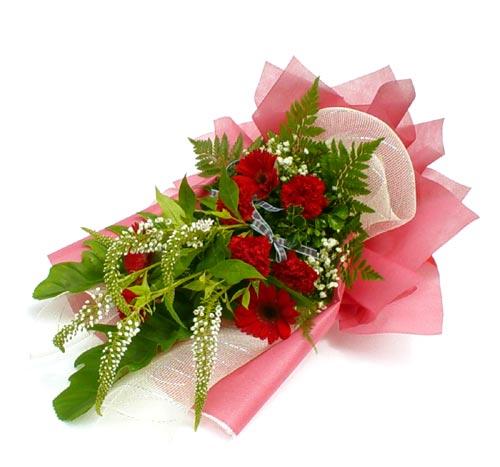 Karisik çiçek buketi mevsim buket  Ağrı çiçek siparişi sitesi