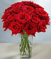 Ağrı çiçekçi mağazası  cam vazoda 11 kirmizi gül  Ağrı hediye sevgilime hediye çiçek