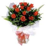 Ağrı çiçek , çiçekçi , çiçekçilik  9 adet güzel bir gül buketi