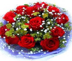 9 adet kirmizi güllerden buket  Ağrı çiçekçi telefonları