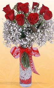 9 adet kirmizi gül cam yada mika vazoda  Ağrı çiçek mağazası , çiçekçi adresleri