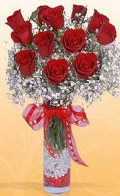 10 adet kirmizi gülden vazo tanzimi  Ağrı çiçek siparişi sitesi