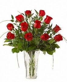 cam yada mika vazo içerisinde 9 kirmizi gül  Ağrı çiçek siparişi sitesi
