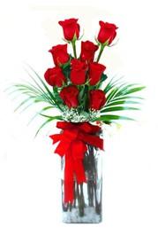 Ağrı çiçekçi telefonları  9 adet mika yada cam vazoda gül tanzimi
