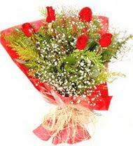 Ağrı anneler günü çiçek yolla  5 adet kirmizi gül buketi demeti