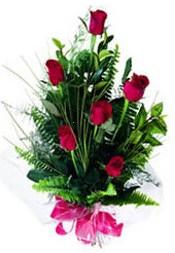Ağrı güvenli kaliteli hızlı çiçek  5 adet kirmizi gül buketi hediye ürünü