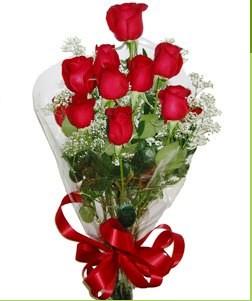 Ağrı uluslararası çiçek gönderme  10 adet kırmızı gülden görsel buket