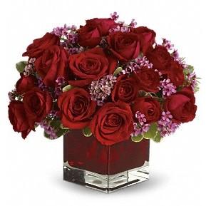 11 adet kırmızı gül vazosu  Ağrı çiçekçiler