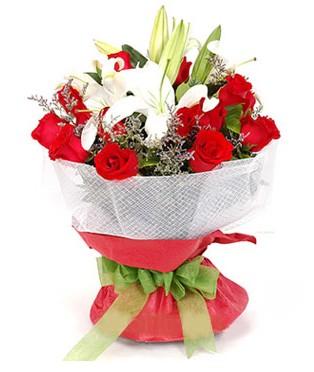 Ağrı hediye çiçek yolla  1 dal kazablanka 11 adet kırmızı gül buketi
