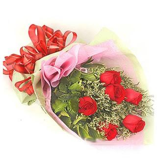 Ağrı çiçek , çiçekçi , çiçekçilik  6 adet kırmızı gülden buket