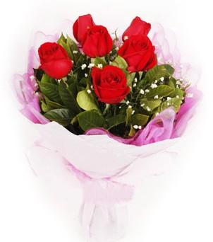Ağrı hediye sevgilime hediye çiçek  kırmızı 6 adet gülden buket
