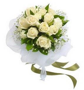 Ağrı online çiçekçi , çiçek siparişi  11 adet benbeyaz güllerden buket