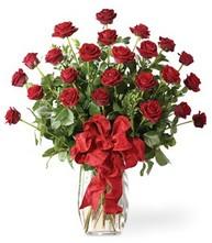 Sevgilime sıradışı hediye güller 24 gül  Ağrı 14 şubat sevgililer günü çiçek