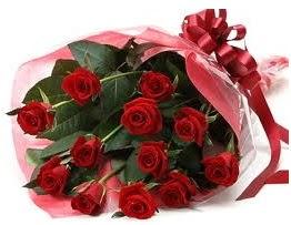 Sevgilime hediye eşsiz güller  Ağrı uluslararası çiçek gönderme