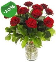 11 adet vazo içerisinde kırmızı gül  Ağrı online çiçek gönderme sipariş