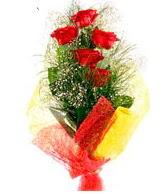 5 li kırmızı gül buketi  Ağrı internetten çiçek satışı