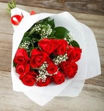 9 kırmızı gülden buket çiçeği  Ağrı çiçek gönderme