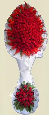 Çift katlı kıpkırmızı düğün açılış çiçeği  Ağrı anneler günü çiçek yolla